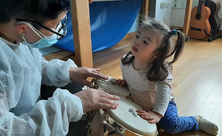Elisabetta, piccola paziente del Centro Terapeutico di Antoniano